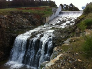 Figure 1 Harvey dam spillway flowing for the first time